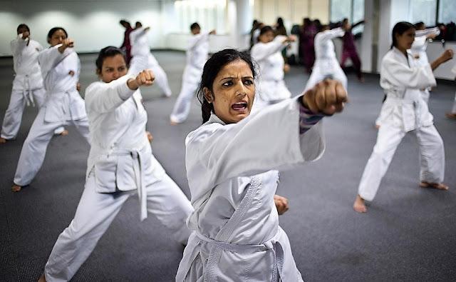 Keuntungan Wanita Belajar Bela Diri