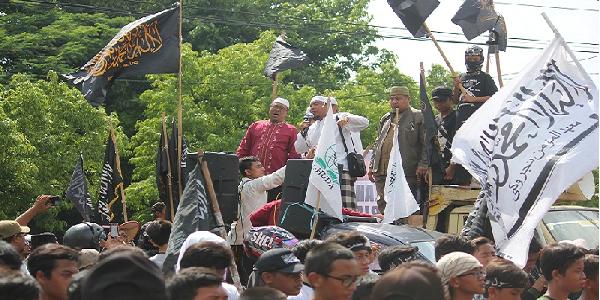 Surati Kapolri, Dewan Syariah Kota Surakarta: Segera Tahan Ahok! : kabar Terupdate Hari Ini