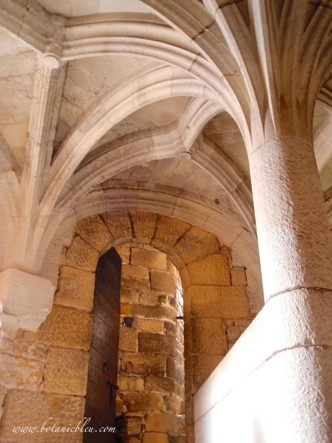 french-design-beynac-chateau-france