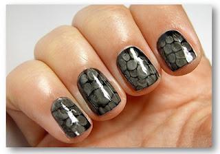 Змеиная кожа на ногтях – пошаговая инструкция