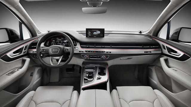 Nội thất Audi Q7 toát lên vẻ thanh lịch và sang trọng với nhiều trang thiết bị hiện đại