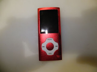Tomameri -Digital and Portable MP3 Music Player with a 16 GB Micro SD Card, Video Player with Rhombic Button -Red