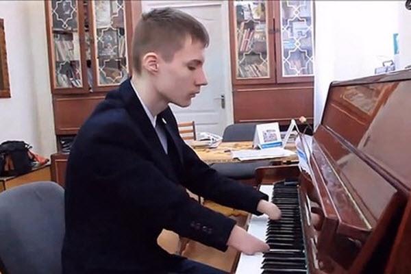 Câu chuyện cảm động về những cây đàn piano