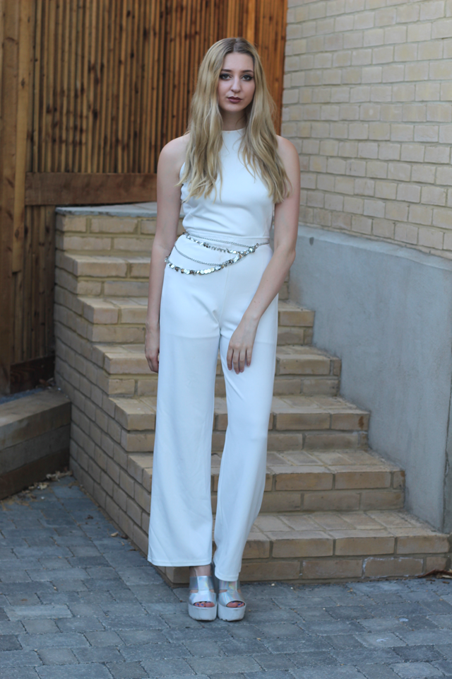 how to wear white jumpsuit