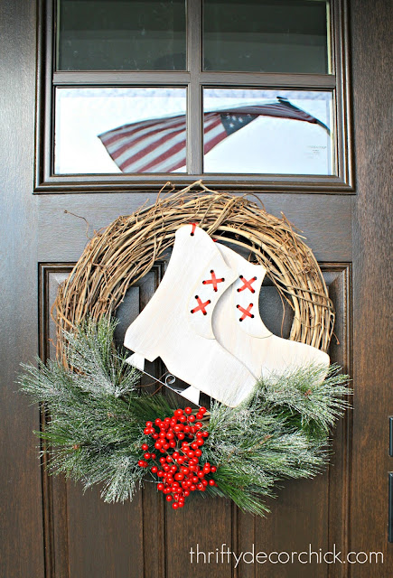 DIY Christmas grapevine wreath with skates