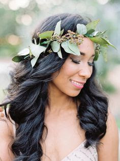 wedding ideas - wedding planning services - bridal headpiece - greenery bridal headpiece - pinterest - Wedding blog by K'Mich - day of wedding planners in Philadelphia