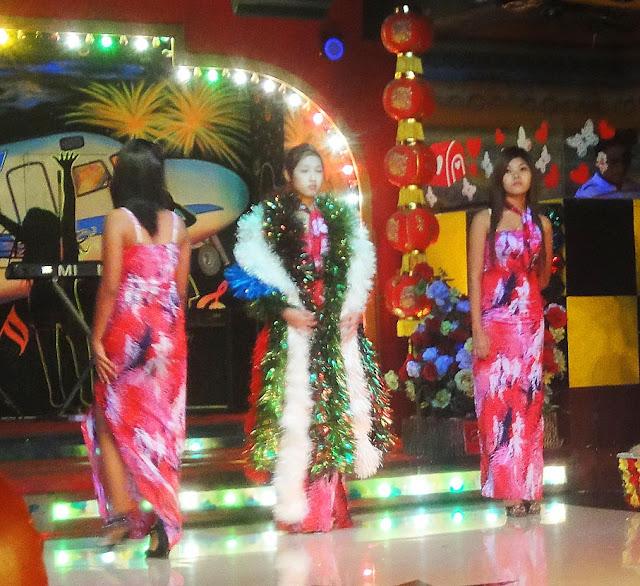 Burmese girls at fashion show