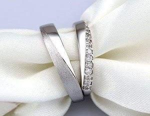 Cincin tunangan berlian Rp4.500.000