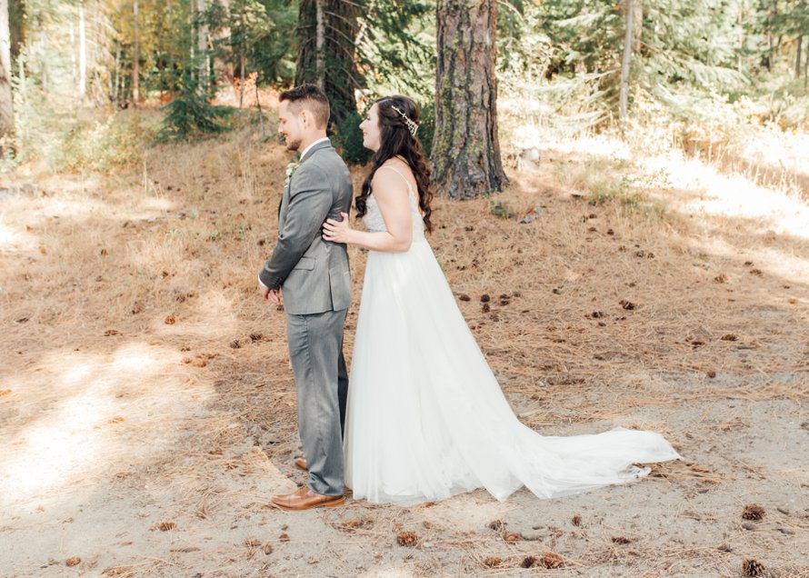 Fall Wedding-Brown Family Homestead-Leavenworth Wedding Photographers-Something Minted Photography