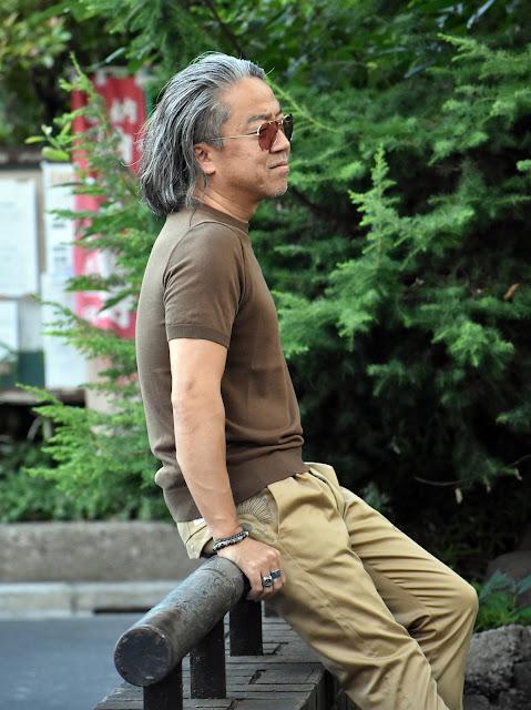 40代メンズ Tシャツ スタイル