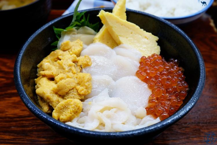 Le Chameau Bleu - Nokkedon - Déjeuner au Marché au poisson de Aomori - Voyage dans le Tohoku au Japon