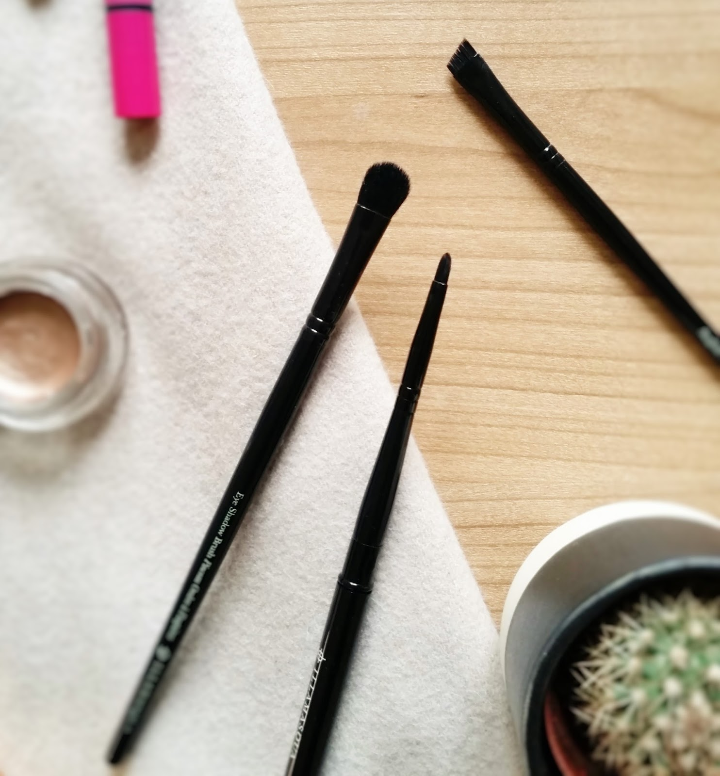 Illamasqua essential brush set review, emma and the beauty blog