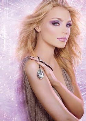 Maquillaje con purpurina para noche vieja