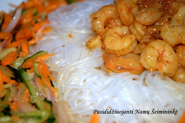 Recetas: Vietnamietiškos salotos su krevetėmis
