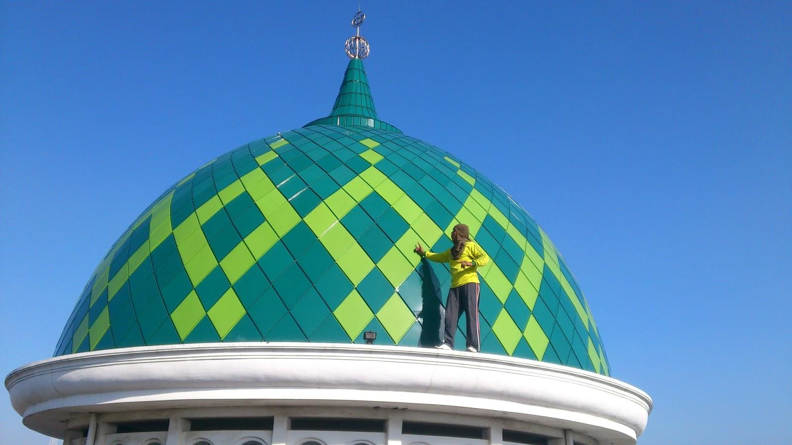 Kubah Masjid Surabaya