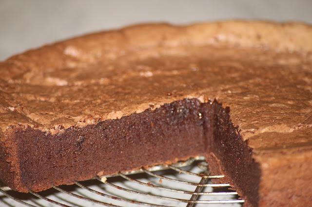 http://ruedesdemoiselles94.blogspot.com/2016/09/la-recette-du-moelleux-au-chocolat.html