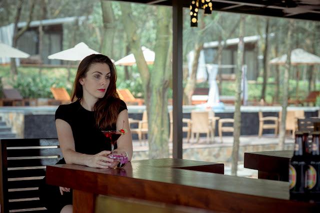 quay bar tai hilltop resort flamingo