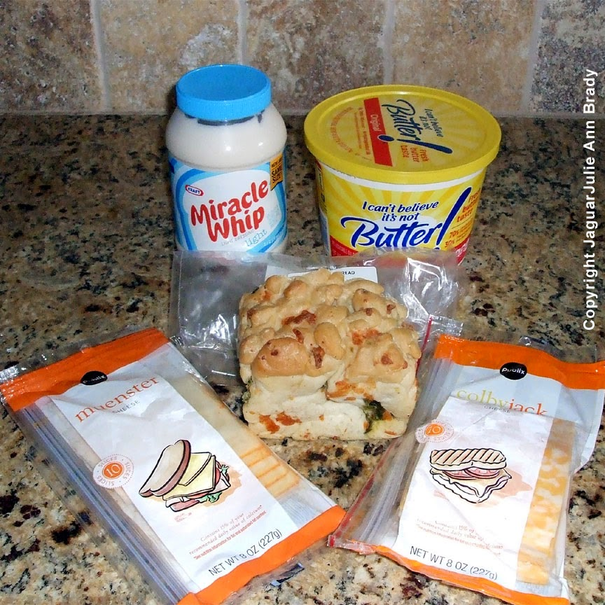 ingredients for grilled cheese on jalapeno cheese bread