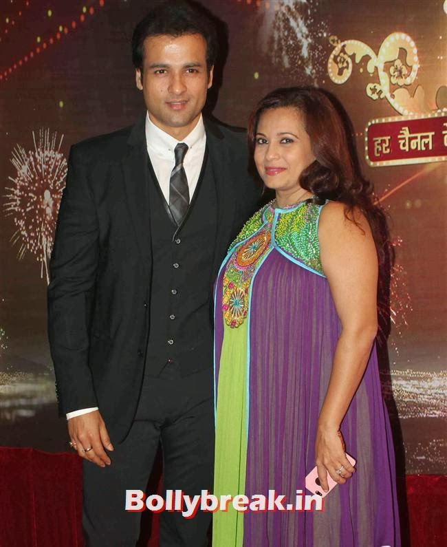 Rohit and Mansi Roy, ITA Awards 2013 - Red Carpet Pics