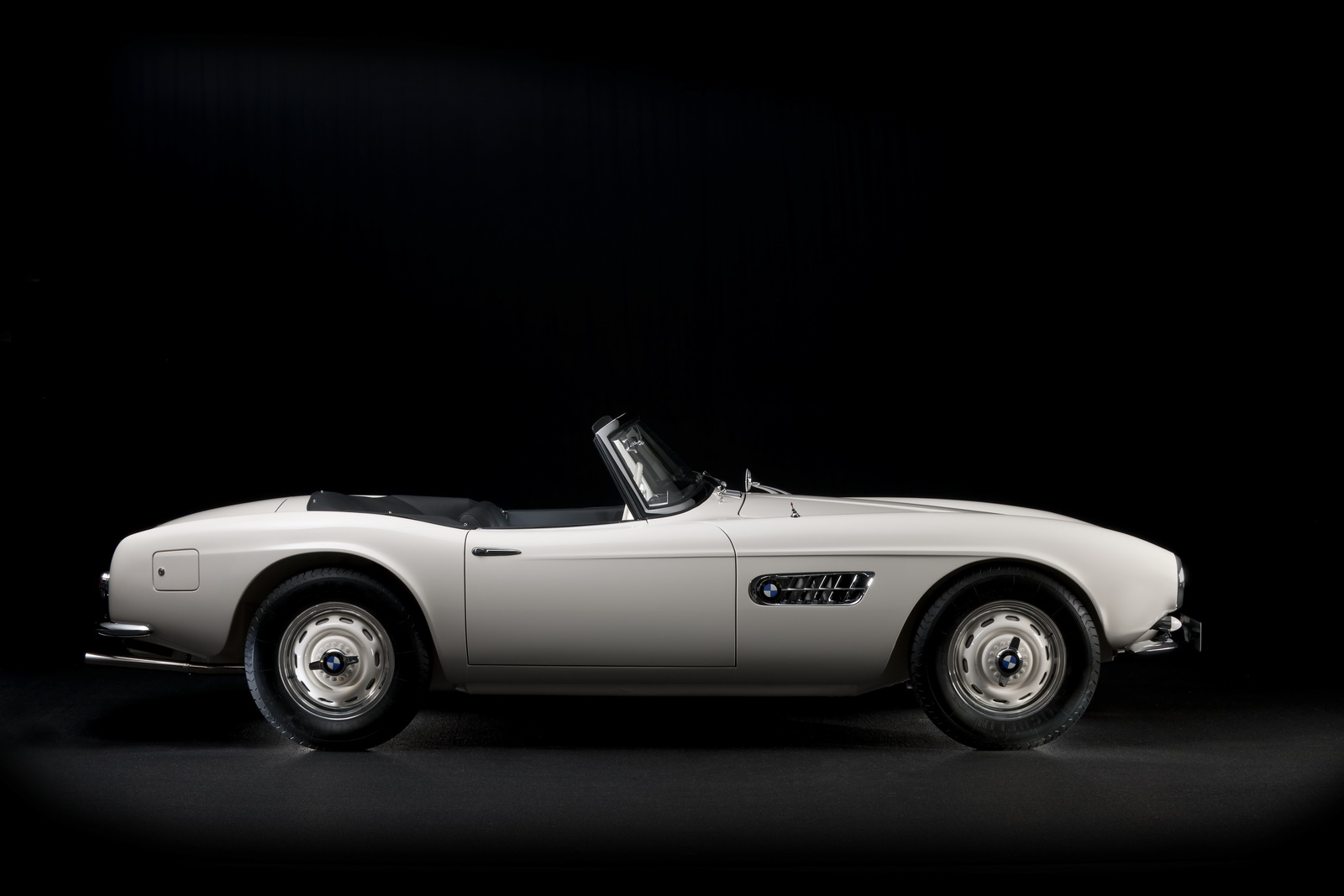 Here\'s The Completely Restored Ex-Elvis BMW 507 In All Its Glory [48 ...