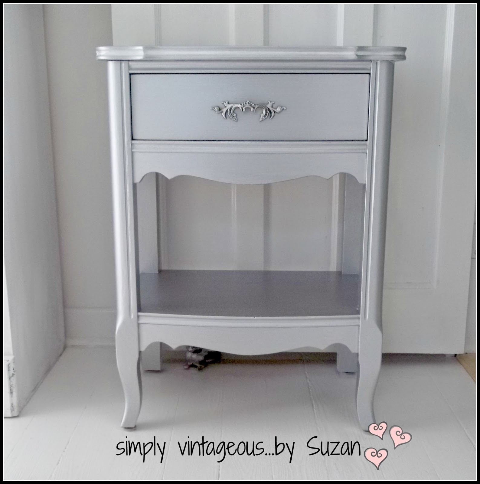 end table makeover - metallic silver