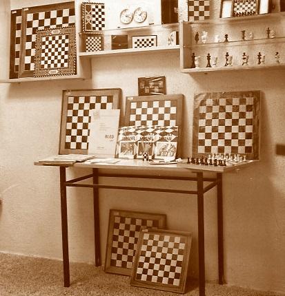 Interior de la librería de Lucien Francino en 1963