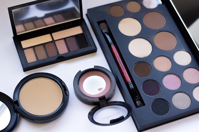 Tips and Tricks on how to pack your make up without breakage