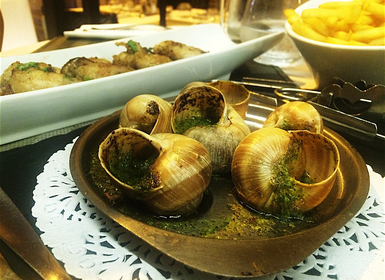 a bowl of Snails in France