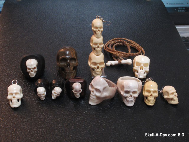 3 4 Plugs >> Super Skull Carvings Saturday