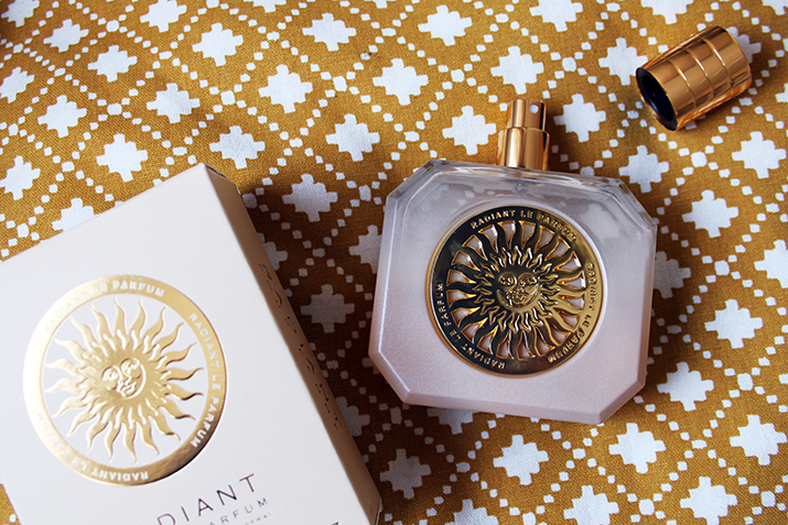 The Fragrance ParfumReview Eau De Shop – Radiant b7mfgyI6vY