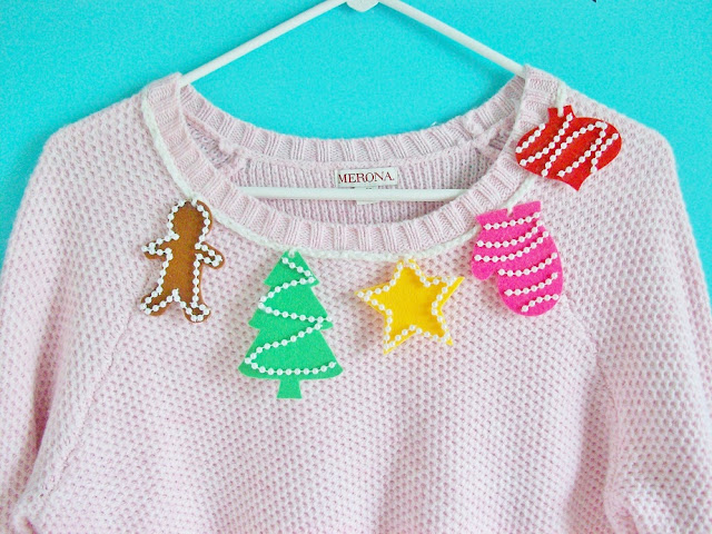 DIY Christmas Sweater Collar