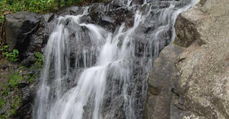 Air Terjun Wisata di Kuningan Jawa Barat