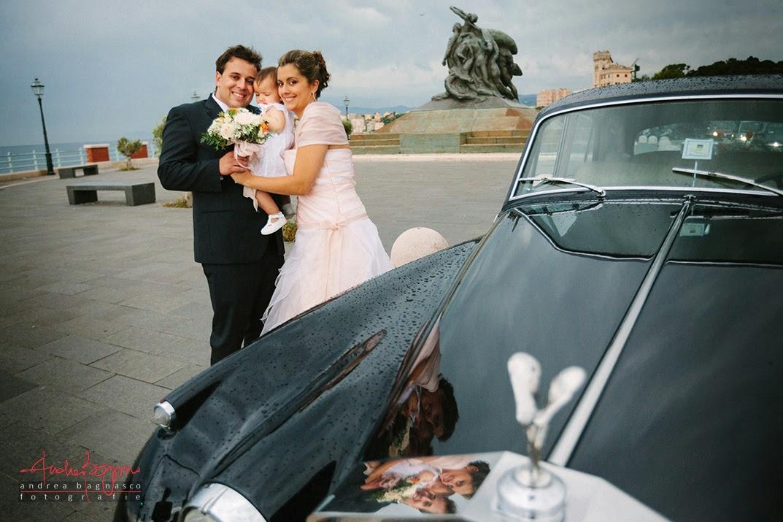 ritratto sposi con figlia monumento Genova Quarto