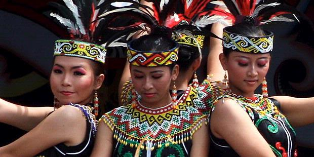 Gadis melayu dance - 3 1