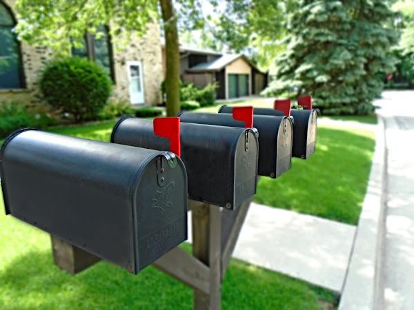 How to Design a Creative Custom Mailbox for Your Home