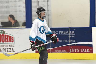 Hockey Player 66