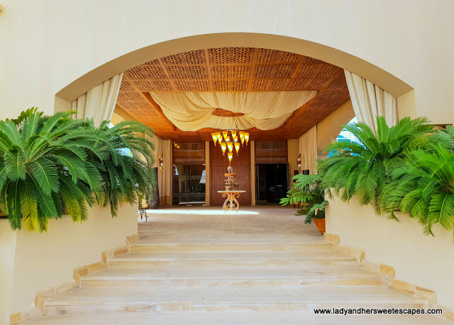 5 star hotel in Sir Bani Yas Island