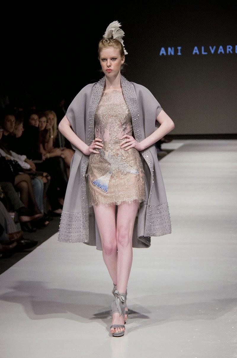 7d63f051fc Mujeres y Vestidos de Moda  Mujeres Elegantes con la Moda de Ani Alvarez  Calderón