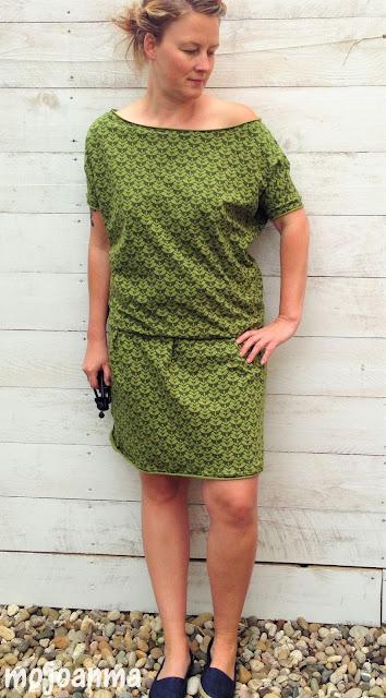 enenmenemeins, grün, kleid, frau antje, lenipepunkt, schnittreif, fritzi, kalte schulter, charlotta