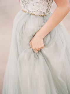 http://www.alessparis.fr/sans-bretelles-candy-couleur-menthe-dentelle-corsage-tulle-robe-de-demoiselle-dhonneur-ornaee-de-ceinture-en-perles-p-13856.html