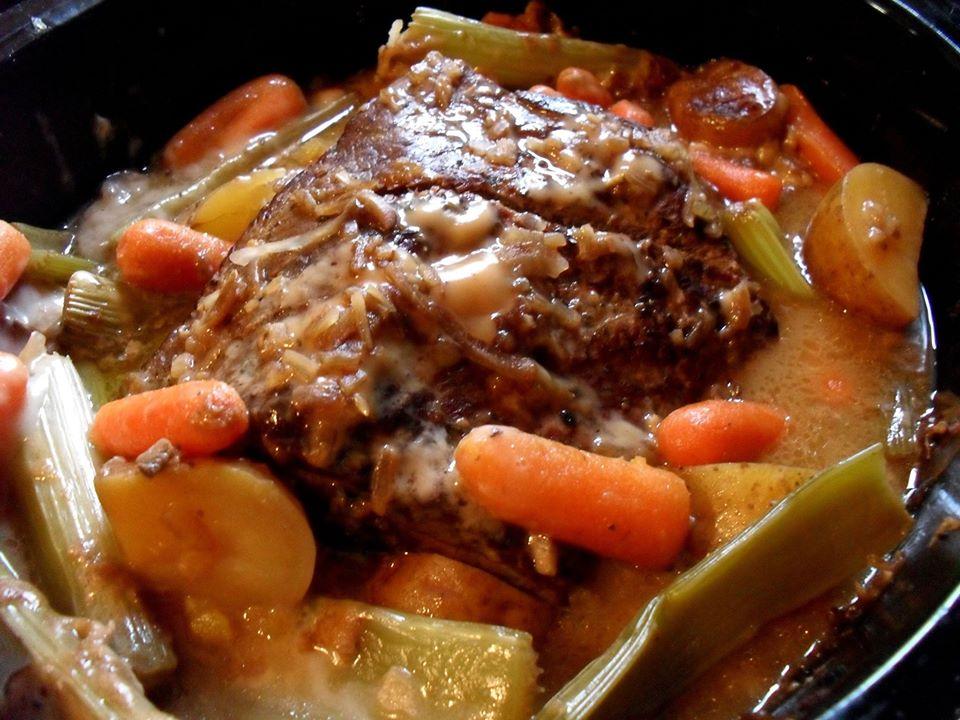 Slow cook pork pot roast recipe