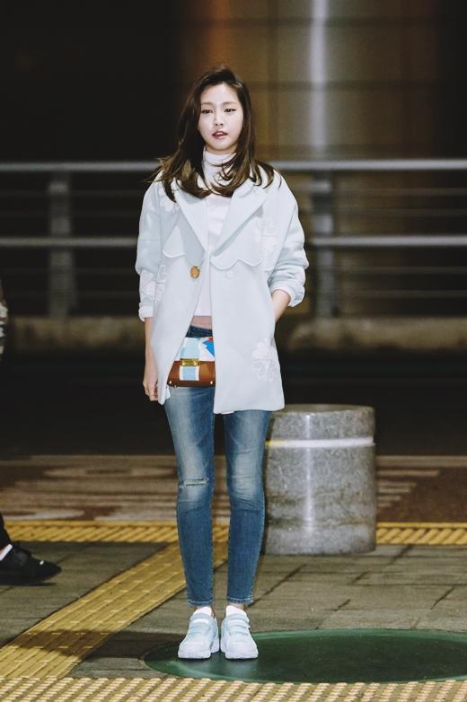 Apink Naeun Airport Fashion - Official Korean Fashion
