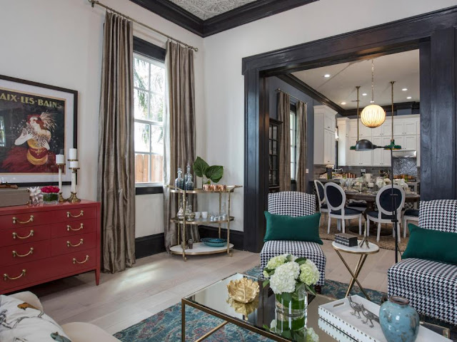 Property brothers take new orleans living rooms hello for Brother v brother living room