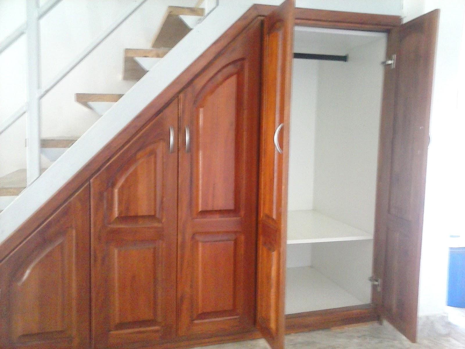 El premac del mueble for Mueble bajo escalera