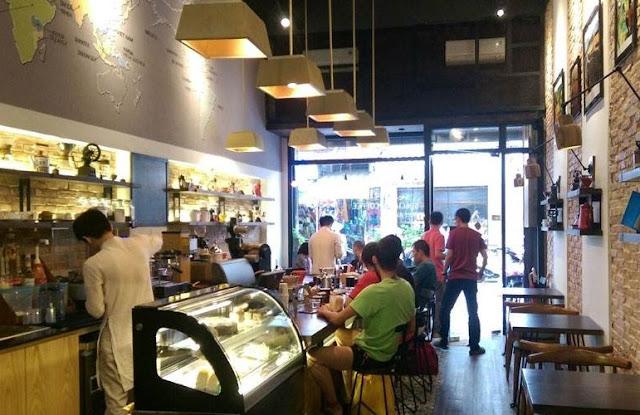 Cửa hàng Shin Coffee Nguyễn Thiệp được thiết kế hiện đại