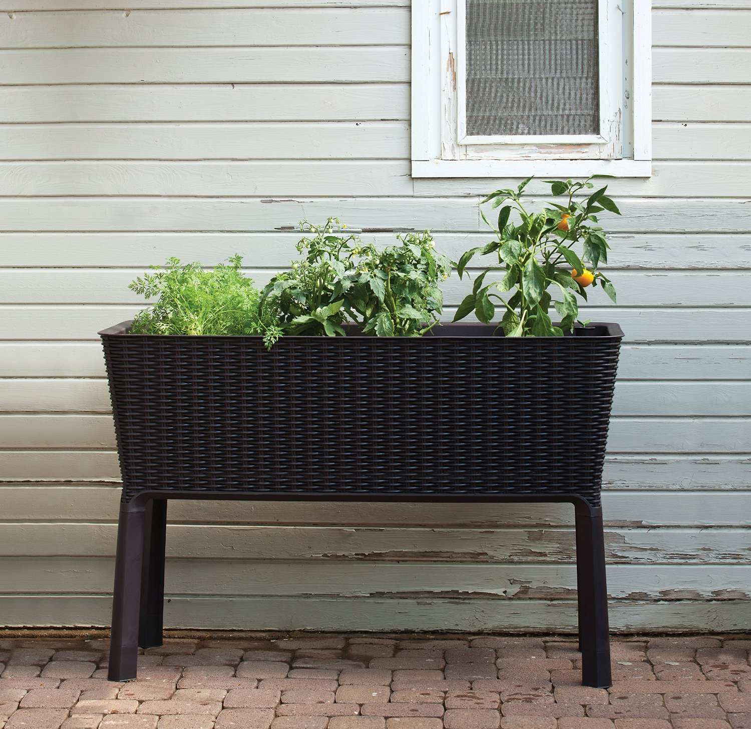 Creative Raised Garden Bed Kits That You Can Easily