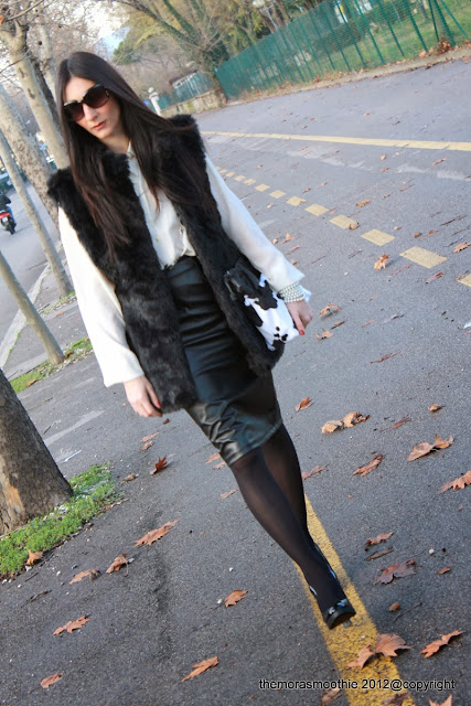 outfit, look, fashion, fashionblog, fauxfur, bag, shoes, skirt, leather skirt, bag burberry prorsum