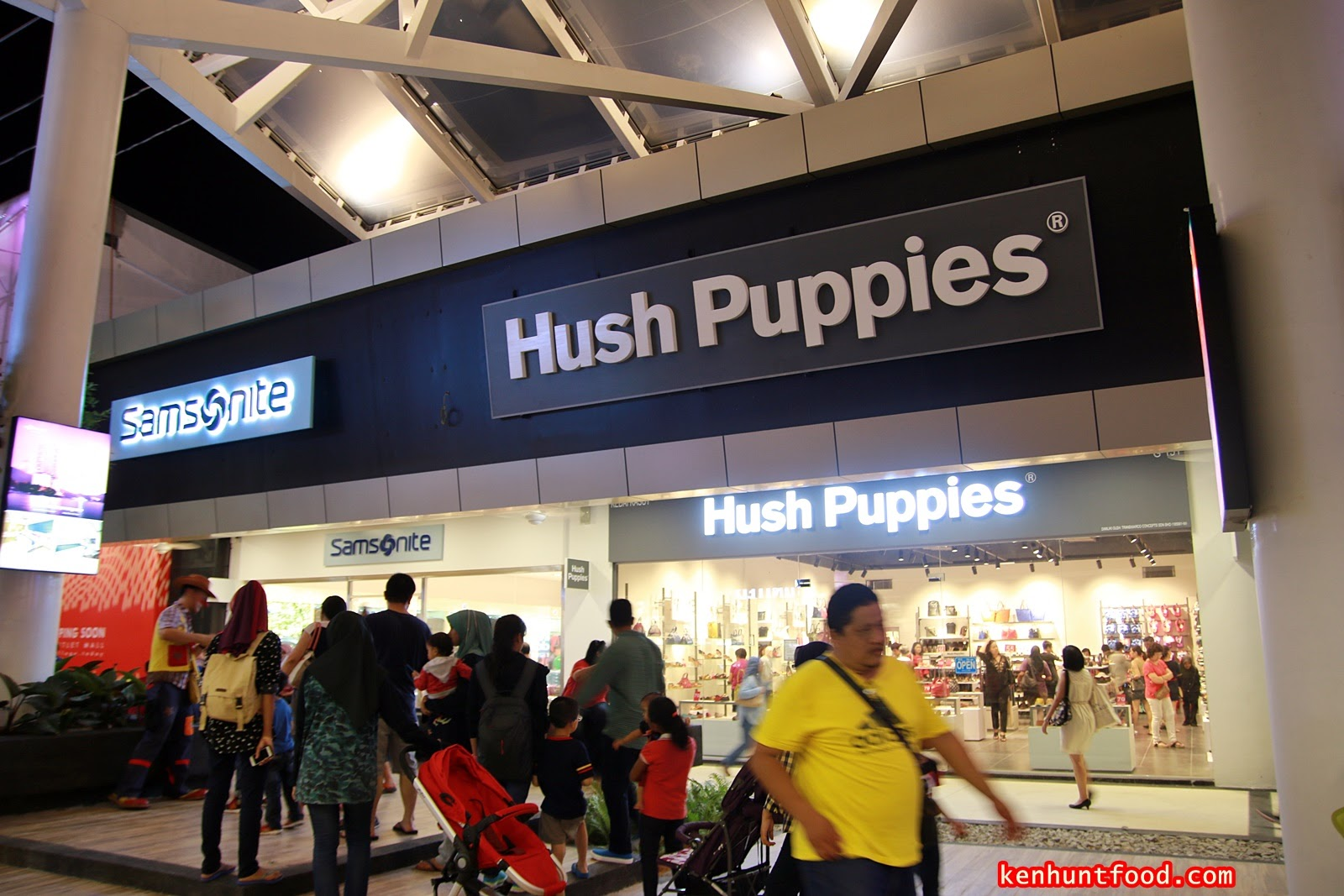 Ken Hunts Food  Design Village Premium Brand Outlet Mall   Bandar ... 4c9000fbea