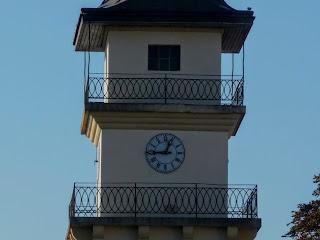 Жовква. Годинникова вежа