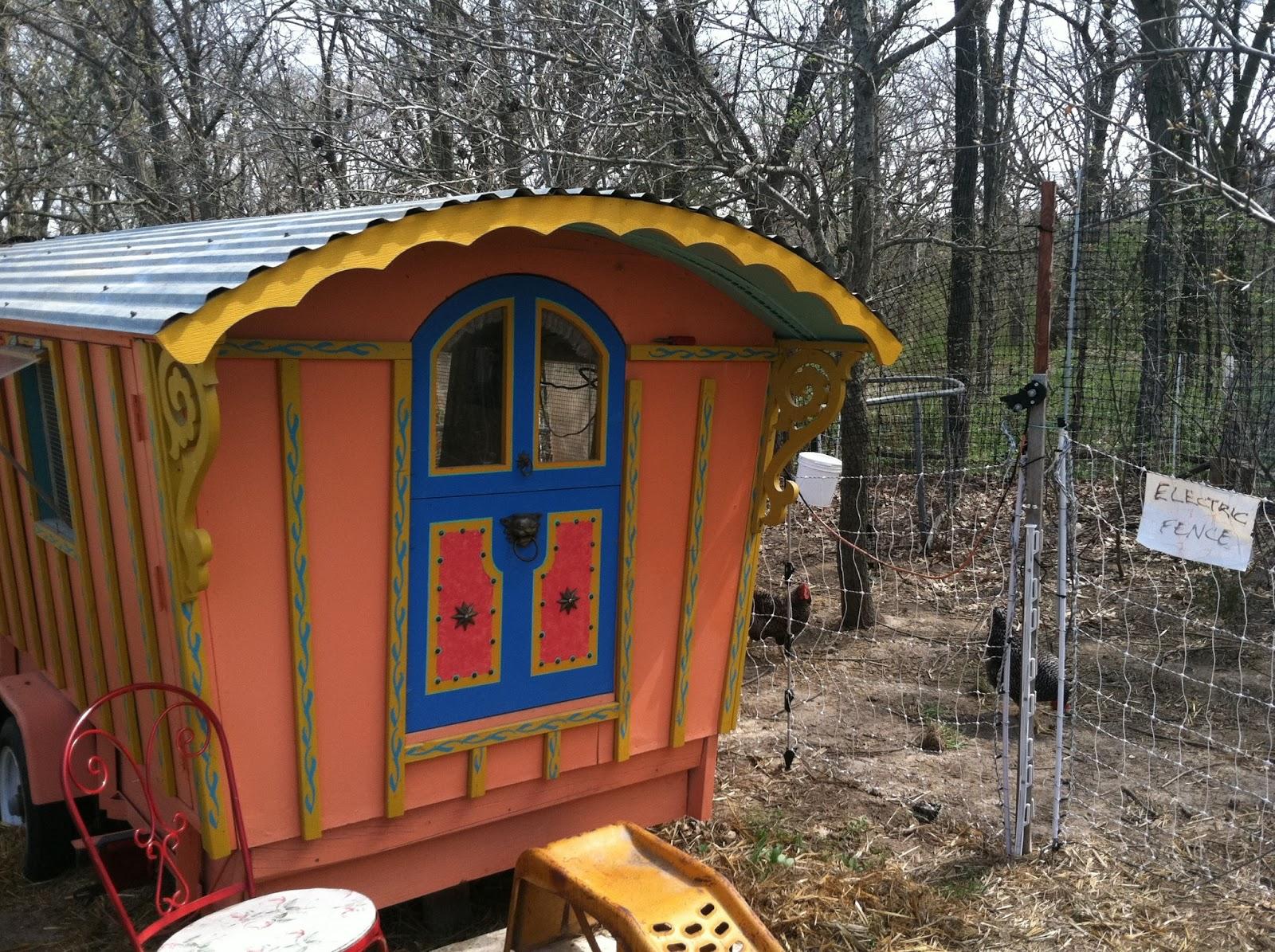 Tiny Home Designs: Tiny House Living: Tuesday's Tiny House Tour